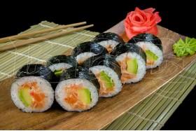 Ролл Азия с копченым лососем