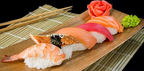 У нас самые вкусные суши и роллы во всей галактике!